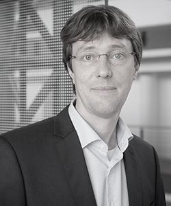Dr. Carsten Rudolf