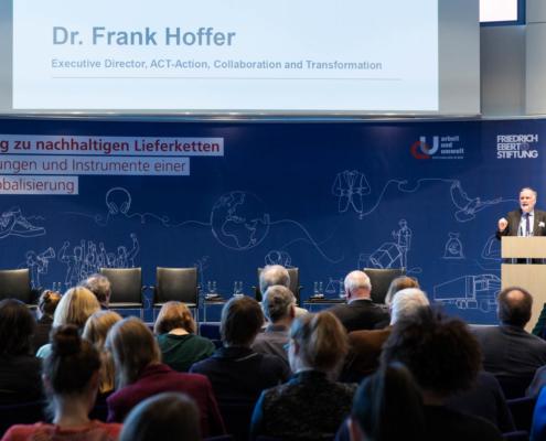 """Fachkonferenz """"Auf dem Weg zu nachhaltigen Lieferketten"""" Dr. Frank Hoffer, Executive Director, ACT-Action, Collaboration and Transformation © MKH"""